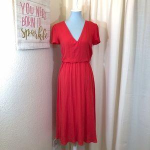 f6af557c81 WAYF Coral Midi Dress Blouson Crepe